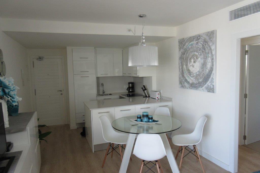 Muebles apartamento Cala Millor